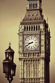 foto of lamp post  - Big Ben closeup in London with vintage lamp post - JPG