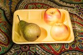 picture of picking tray  - Just picked from the trees of pear and Golden apples amazing freshness and promise pleasure of taste - JPG
