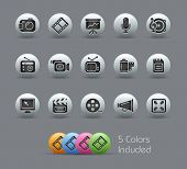 Multimedia // Pearly Series -------It includes 5 color versions for each icon in different layers --