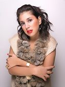 picture of budge  - Young woman in fur - JPG