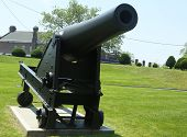 10-inch Rodman gun, Pattern 1861 on display at Fort Hamilton US Army base in Brooklyn