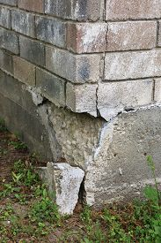 picture of foundation  - This part of the home - JPG