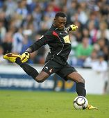 BARCELONA - OCTOBER 18: Carlos Kameni, a Cameroonian in action during a Spanish league match against