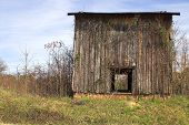 pic of tobacco barn  - Agriculture History  - JPG