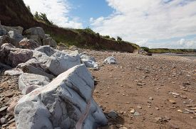 picture of shale  - Doniford Bay consists of the Lower Jurassic Lias and Triassic beds - JPG