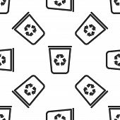 Grey Recycle Bin With Recycle Symbol Icon Isolated Seamless Pattern On White Background. Trash Can I poster
