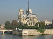 pic of notre dame  - notre dame and the seine - JPG