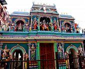 foto of lingam  - The Hindu Sri Mariamman Temple in Singapore - JPG