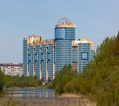 image of sankt-peterburg  - New apartment house on suburb of Sankt - JPG