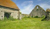 foto of tithe  - St Leonards Grange medieval tithe barn New Forest - JPG