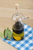 foto of vinegar  - Vinegar and olive oil in one bottle - JPG