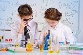 foto of experiments  - Students doing experiments in the laboratory - JPG