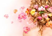 picture of rare flowers  - Hairstyle with colorful flowers - JPG