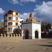 foto of senora  - Small chapel on the courtyard of the Basilica of Our Lady of Copacabana in the small tourist town of Copacabana along Lake Titicaca in Bolivia - JPG