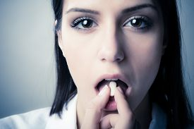 picture of addicted  - Schizophrenic anxious disoriented bipolar mentally ill woman - JPG
