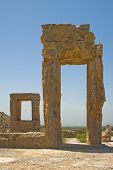 foto of xerxes  - highly detailed image of Ruins of ancient city of Persepolis - JPG
