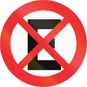 pic of restriction  - An official Chilean stopping restriction sign  - JPG