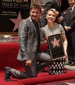 LOS ANGELES - MAY 01:  Jeremy Renner & Scarlett Johansson arrives to the Walk of Fame Ceremony for S