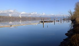 picture of dredge  - Columbia River dredging work docks and tree island Oregon - JPG