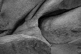 foto of feldspar  - Granite weathers into graceful shapes in the desert - JPG