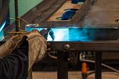 picture of welding  - Gas metal arc welding  - JPG