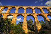 pic of aqueduct  - El Pont del Diable - JPG
