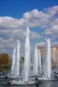 pic of fountain grass  - image of many fountain on street at day - JPG