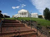 pic of virginia  - Virginia State Capital building in Richmond Virginia - JPG