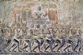 pic of mahabharata  - King and servants on the wall Angkor wat Cambodia  - JPG