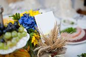 pic of wedding table decor  - gorgeous wedding decor on table with sunflowers - JPG