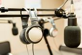pic of recording studio  - technology - JPG