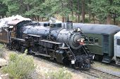 foto of grand canyon  - Steam Engine rolling out of Grand Canyon National Park station - JPG