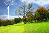 pic of wind-turbine  - Golf field - JPG
