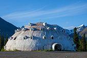 image of igloo  - igloo on Alaska - JPG