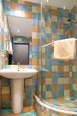foto of shower-cubicle  - Modern bathroom  - JPG