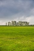 picture of stonehenge  - The historic monument of Stonehenge in England - JPG