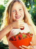 pic of berries  - Child with strawberry - JPG