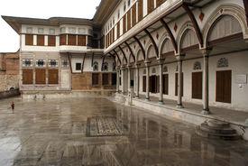 image of eunuch  - Wet inner yard in Harem Topkapi palace Istanbul - JPG