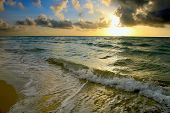 Постер, плакат: Восход солнца Атлантического побережья FL США
