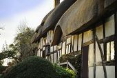 image of william shakespeare  - anne hathaways cottage home of william shakespeare stratford upon avon warwickshire - JPG