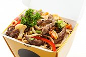 Chinese Noodle with Beef and Vegetables