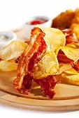 Potato Chips and Bacon Chips with Tar-tar Sauce