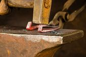 picture of anvil  - Making decorative element in the smithy on the anvil - JPG
