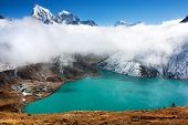 dudh pokhari lake, gokyo, Arakam tse peak and chola tse peak - nepal