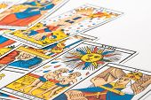picture of seer  - Zoom in Clairvoyance tarot cards on white background - JPG