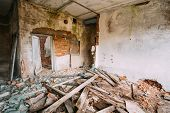 pic of nuclear disaster  - Abandoned House Interior In Chernobyl Resettlement Zone - JPG