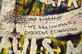 Постер, плакат: Леннон стена граффити