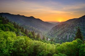 pic of smoky mountain  - Sunset at the Newfound Gap in the Great Smoky Mountains - JPG