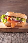 image of bagel  - bagel with salmon and cheese - JPG