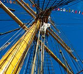 picture of yesteryear  - this is a mast in a replica of a Schooner or yesteryear - JPG